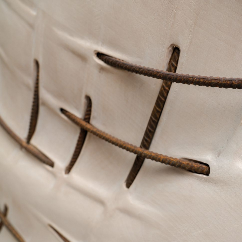 - Echo (detail) 74 x 80 x 10 cm linden wood, reinforcing bars 2015
